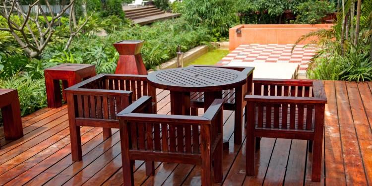 Holz Leinölfirnis behandeln Außenbereich