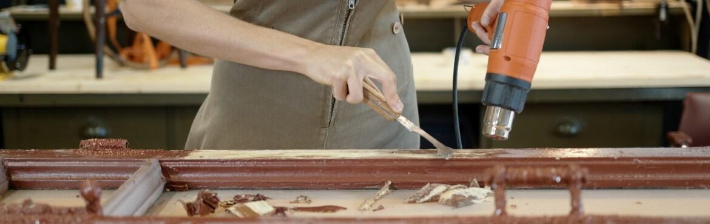 Wie kann man Lack von Holz entfernen